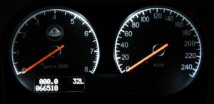 tacho 3 300x147 Eisige Zeiten in der Garage