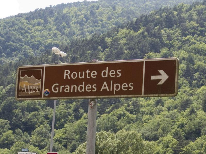 Schild Route des Grandes Alpes