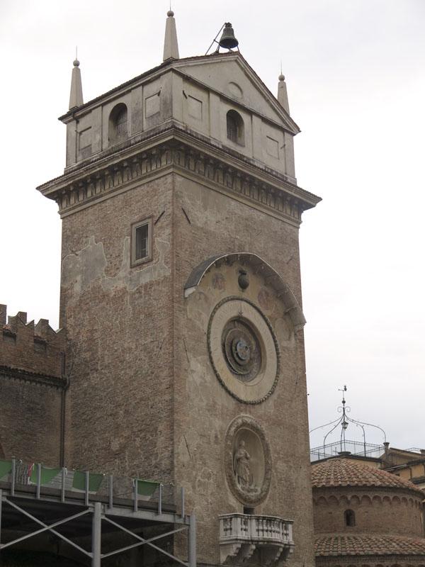 Torre Dell'Orologio in Mantova