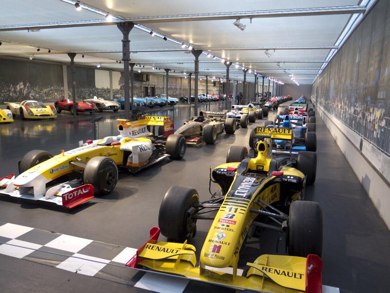 moderne Formel 1 Fahrzeuge